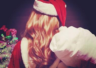 女性サンタクロース