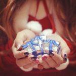 クリスマスプレゼントで彼女を喜ばせる為には?予算3万円以下